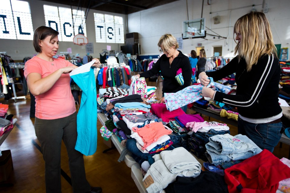 The pros and cons of donating clothes to charity | 1 ...