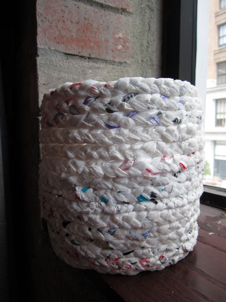 [how To] Make A Basket Out Of Plastic Bags  1 Million Women