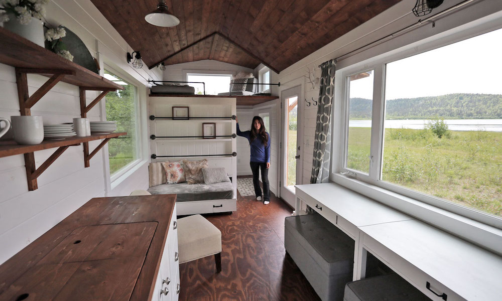 Blogger and diy queen ana white is inspiring women to undertake diy tasks by offering the plans to her tiny home for free
